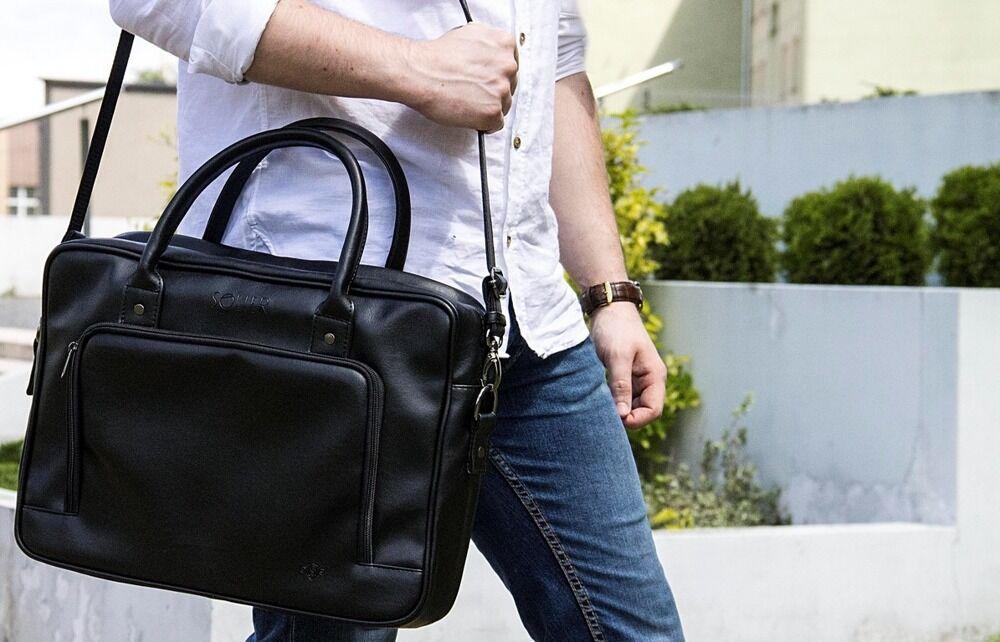 A táska nem csak nők kiváltsága. Egy aktatáska vagy egy crossbody táska még  stílusosabb a103888ea3